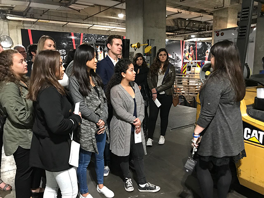 PRSSA Students Tour the Staples Center